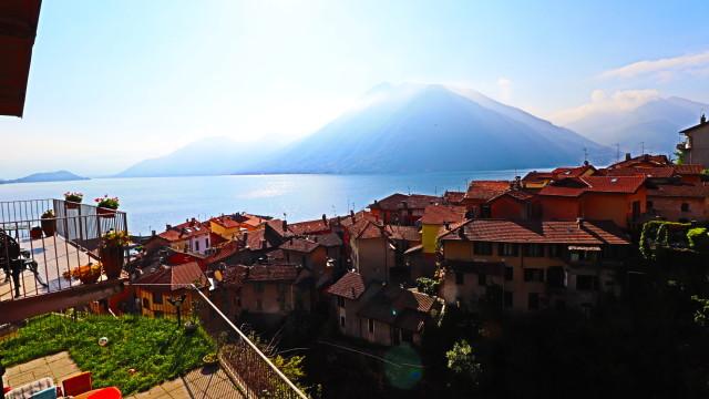 Appartamento in villetta vista lago