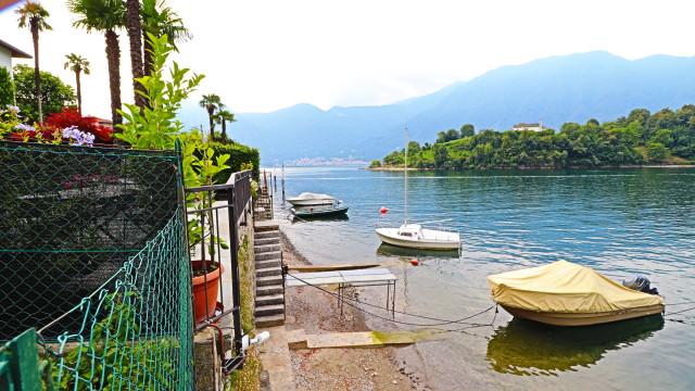 casa direttamente a lago