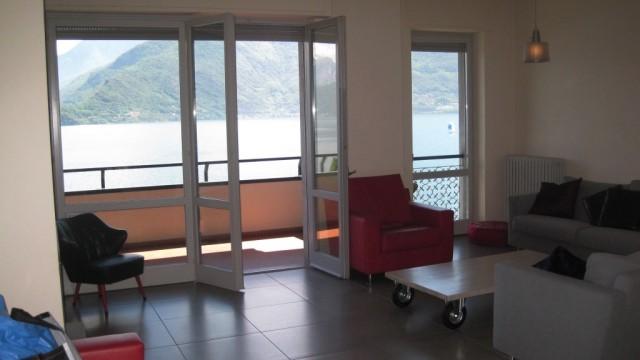 appartamento vista lago