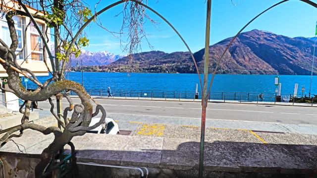 appartamento fronte lago