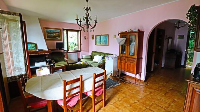 Villa bifamigliare