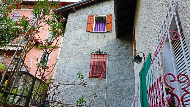 casa caratteristica in sasso